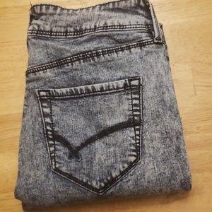 Bullhead  jeans EUC